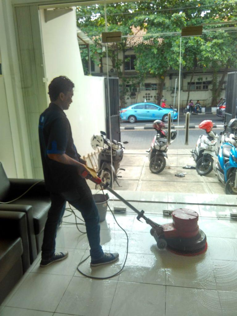 Cleaning Service CV Cinta Bersih14